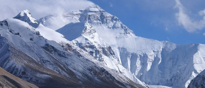 8 Greatest Books on Mount Everest